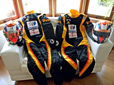 Formula ou Kart, ambos lindos, feitos no parceiro Sparco