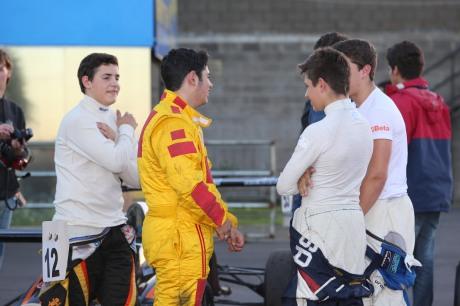 Confraternização entre os pilotos, uma constante na Formula Jr.