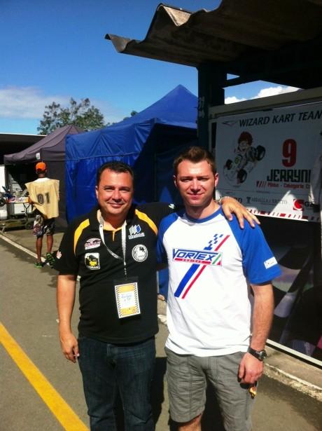 Helio Miranda e Marco Artigó (Bi Campeão Mundial de Kart) em nosso box formando a equipe do excelente piloto Danilo Dirani.