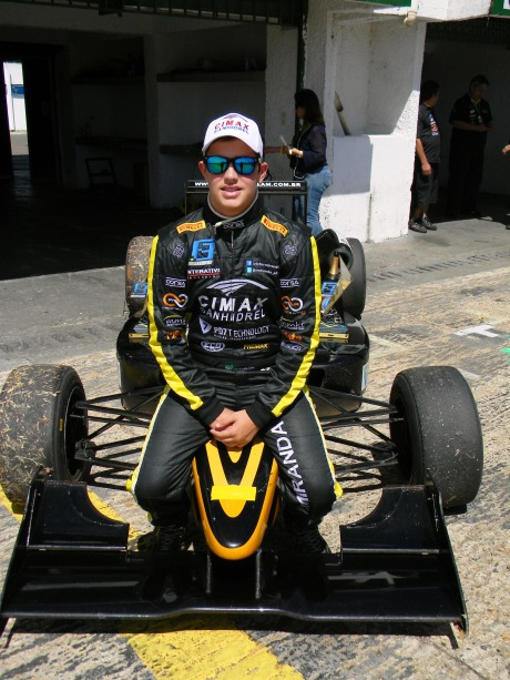 Pódio nas 2 corridas da 3a etapa da F3 Brasil